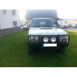Nárazník Opel Monterey...