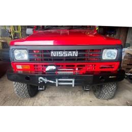 Nárazník  predný Nissan...